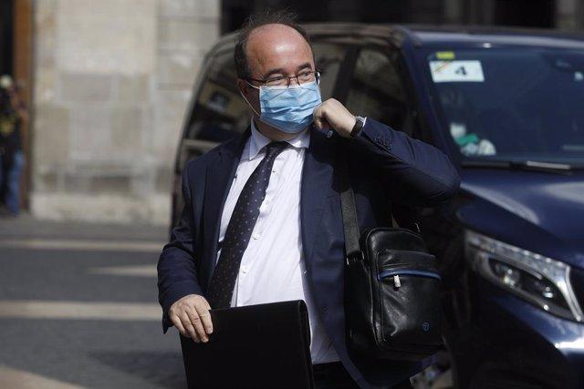 Arxiu - El ministre d Cultura, Miquel Iceta, arriba a la segona reunió de la taula del diàleg