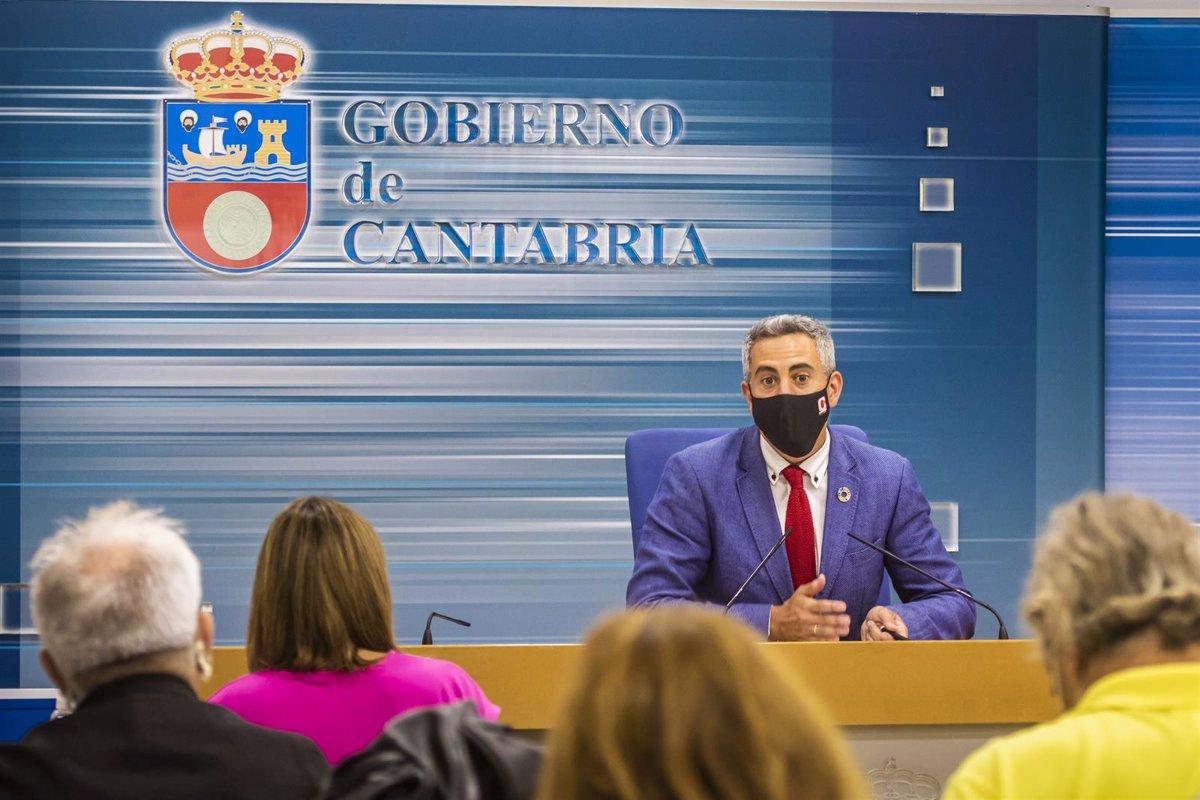 El Gobierno de Cantabria aprueba 12 millones de ayudas para formación a desempleados