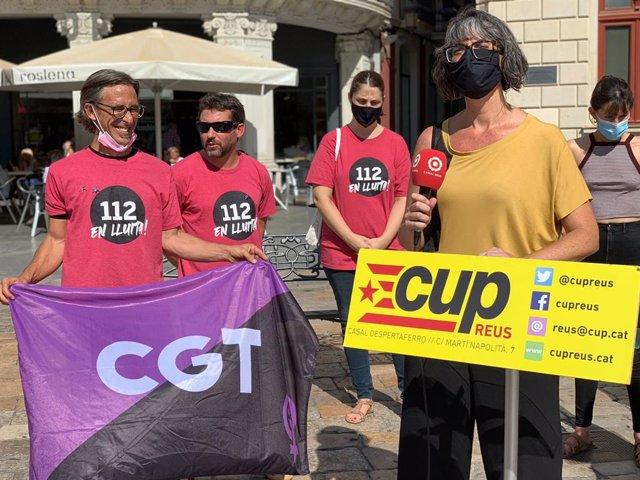 Membres de la CUP durant la intervenció a Reus (Tarragona)