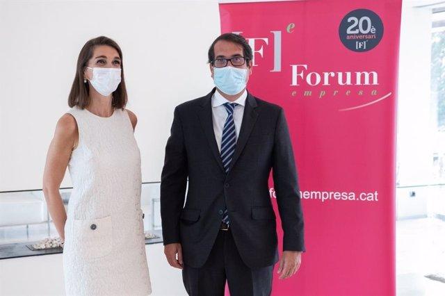 Yasmina Vilagrasa, membre de Forum 2021 i el country manager de BBVA Espanya, Peio Belausteguigoitia.