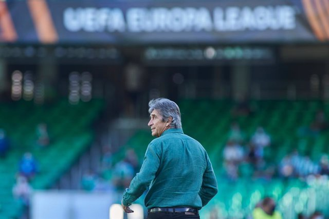 Manuel Pellegrini, head coach of Real Betis, looks on during the UEFA Europa League, Group G, football match played between Real Betis and Celtic FC at Benito Villamarin stadium on September 16, 2021, in Sevilla, Spain.