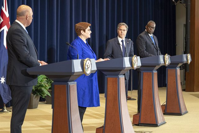HANDOUT - 16 September 2021, US, Washington: (L-R) Australian Defence Minister Peter Dutton, Australian Foreign Minister Marise Payne, US Secretary of State Antony Blinken and US Secretary of Defence Lloyd Austin hold a joint press conference after the Au