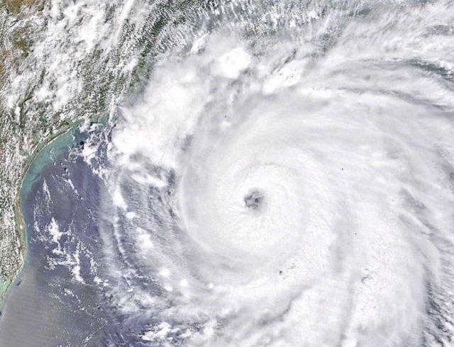 Un huracán de 2020 sobre el Golfo de México, cerca de Houston, Texas y Nueva Orleans