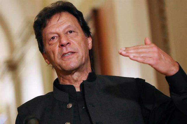 Archivo - El primer ministro de Pakistán, Imran Jan, en una foto de archivo