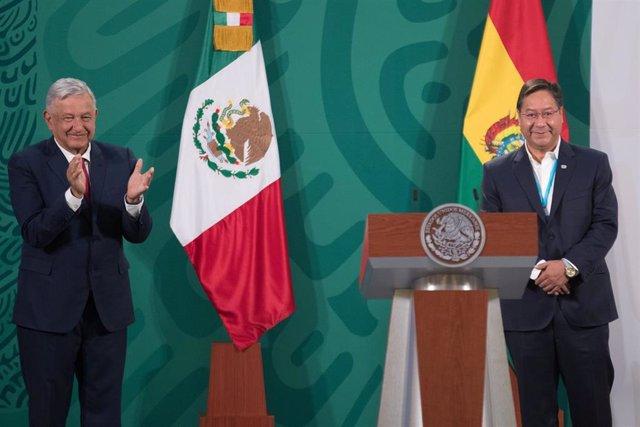 Archivo - Andrés Manuel López Obrador y Luis Arce