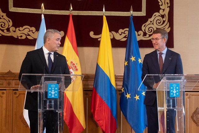 El presidente de la Xunta de Galicia, Alberto Núñez Feijóo (d), y el presidente de Colombia, Iván Duque (i)