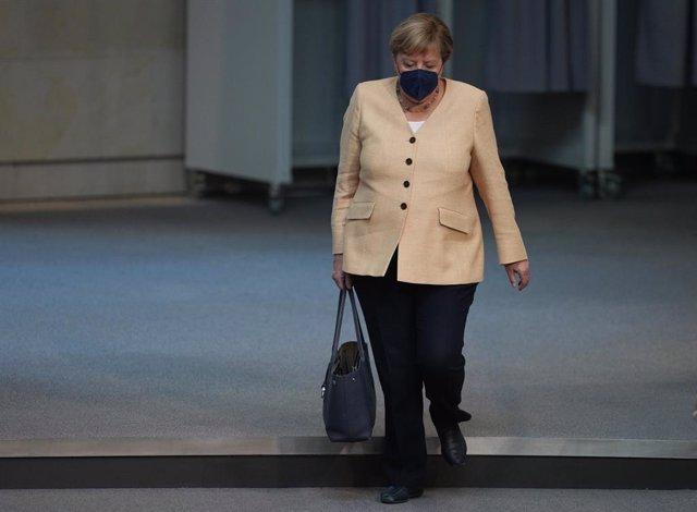 07 September 2021, Berlin: German Chancellor Angela Merkel arrives for a plenary session at the German Bundestag. Photo: Kay Nietfeld/dpa