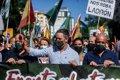 """Abascal encabeza una protesta contra """"el atraco de la luz"""" del que culpa a un Gobierno que vive """"como millonarios"""""""