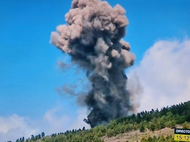 S'inicia una erupció volcànica en La Palma