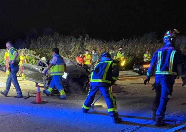 Muere En San Martín De La Vega Un Hombre De Unos 30 Años Tras Estrellar Frontalmente Su Turismo En Una Rotonda
