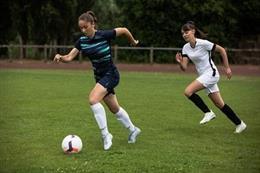 Kipsta lanza los modelos de botas para las futbolistas Viralto+ I y III.