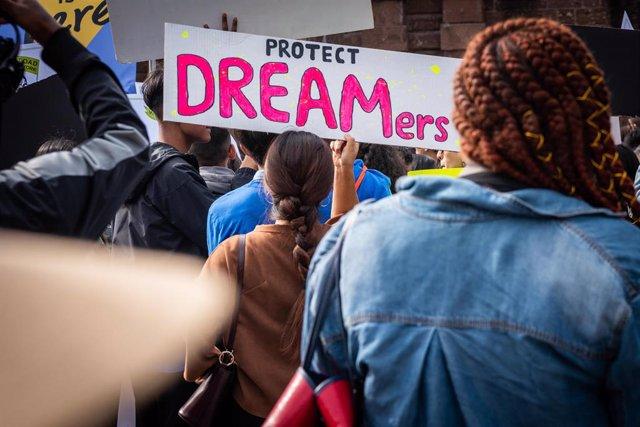 Movilización en Nueva York a favor de la regularización de personas migrantes