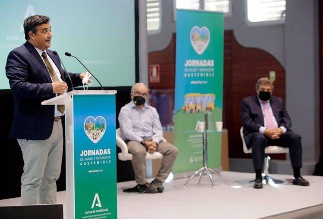 El delegado territorial en Huelva de la Consejería de Fomento, Infraestructura y Ordenación del Territorio, José Manuel Correa.