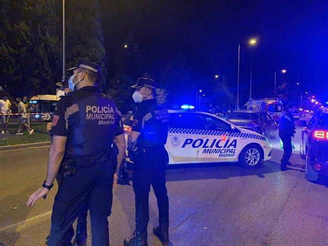 Archivo - Agentes de la Policía Municipal en el lugar del atropello