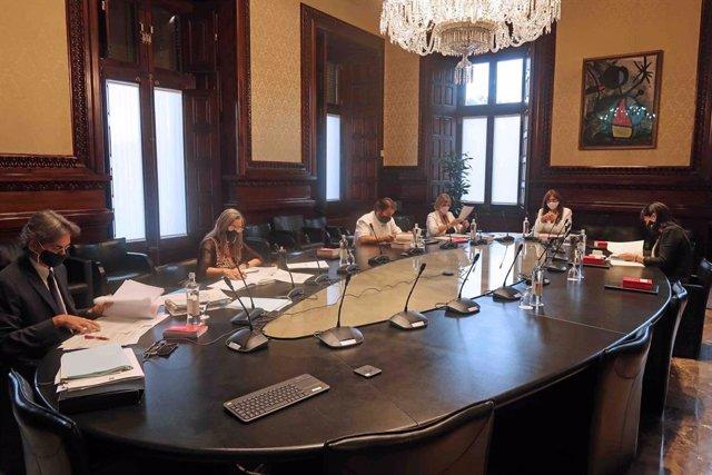 Mesa del Parlament del 21 de setembre