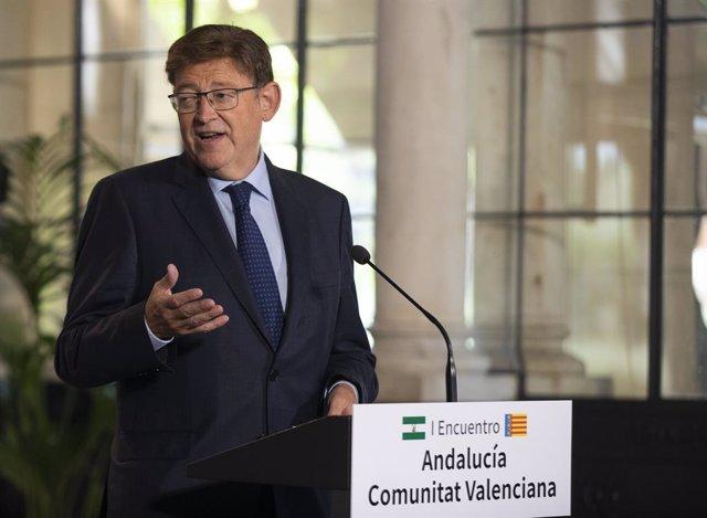 El president de la Generalitat Valenciana, Ximo Puig, en roda de premsa després de la reunió la I Trobada Andalusia-Comunitat Valenciana. A 21 de setembre de 2021, A Sevilla (Andalusia, Espanya).