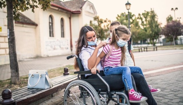 Archivo - Esclerosis múltiple