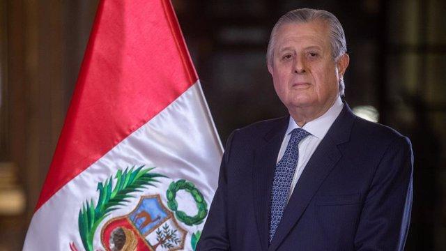 Archivo - El ministro de Relaciones Exteriores de Perú, Óscar Maúrtua
