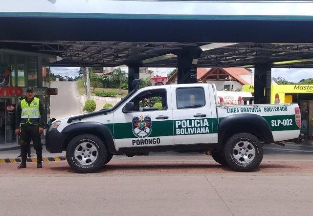 Archivo - Un vehículo de la Policía de Bolivia