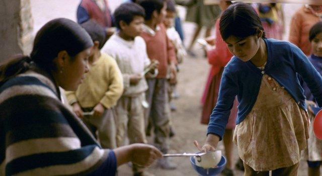 Archivo - Comunidad indígena en Ecuador.