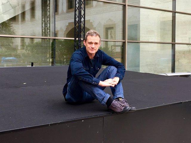 L'escriptor i periodista Patrick Radden Keefe a Barcelona per presentar 'L'imperi del dolor'