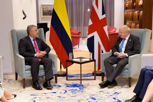 El presidente de Colombia, Iván Duque, junto al primer ministro británico, Boris Johnson, en una reunión en Nueva York