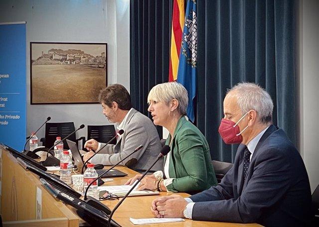 La consellera de Justícia, Lourdes Ciuró, inaugura les jornades de dret civil català a Tossa de Mar (Girona)