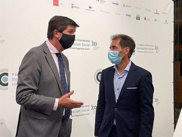 El vicepresidente de la Junta y consejero de Turismo, Regeneración, Justicia y Administración Local, Juan Marín, durante su visita a Cádiz para el acto de clausura del II Congreso de Innovación Social Magallanes-Elcano.