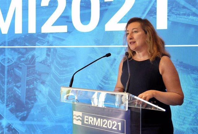 La diputada de Innovación, Municipios Inteligentes y Transformación Digital de la Diputación de Cádiz, Isabel Gallardo, durante la presentación del II Encuentro Regional de Municipios Inteligentes.