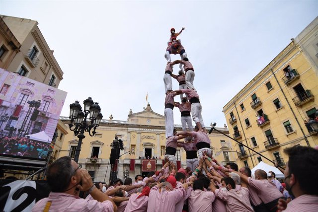 Les quatre colles castelleres de Tarragona reprenen l'activitat per Santa Tecla