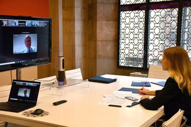 Trobada telemàtica entre la consellera d'Acció Exterior i Govern Obert, Victòria Alsina, i la Comissió d'Internacionalització del Consell General de Cambres de Catalunya