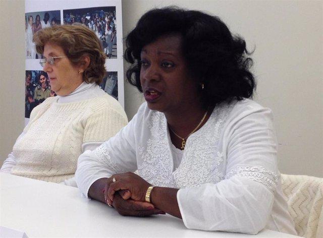 Archivo - La líder de las Damas de Blanco, Berta Soler, acompañada por la representante de la organización en Europa, Blanca Reyes, en rueda de prensa en Madrid