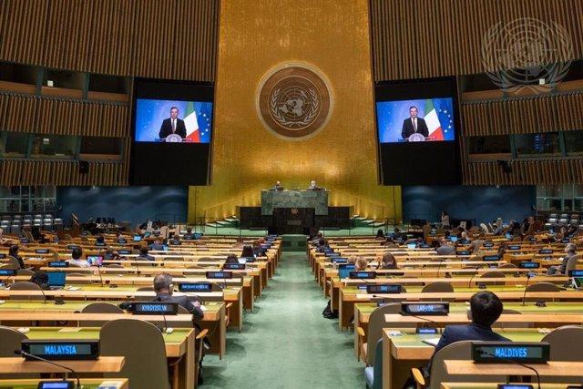 El primer ministro de Italia, Mario Draghi, habla ante la Asamblea General de la ONU.