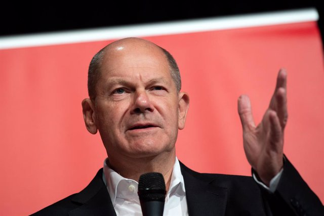 22 September 2021, North Rhine-Westphalia, Cologne: Olaf Scholz, Finance Minister and SPD candidate for Chancellor, speaks on stage during an election campaign event. Photo: Federico Gambarini/dpa