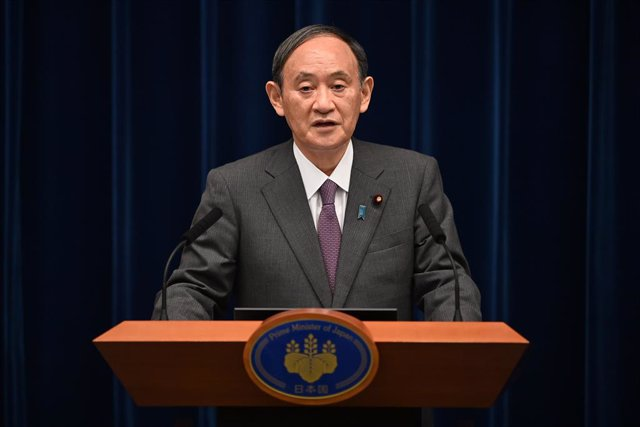 25 August 2021, Japan, Tokyo: Japan's Prime Minister Yoshihide Suga attends a press conference with chairman of the government's pandemic advisory panel Shigeru Omi (not pictured) at the prime minister's official residence in Tokyo. Photo: Pool/POOL via Z