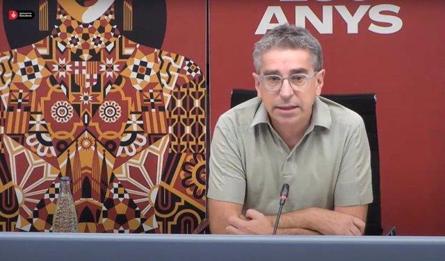 El tinent de Cultura i regidor de Presidència de l'Ajuntament de Barcelona, Jordi Martí, en roda de premsa aquest divendres.