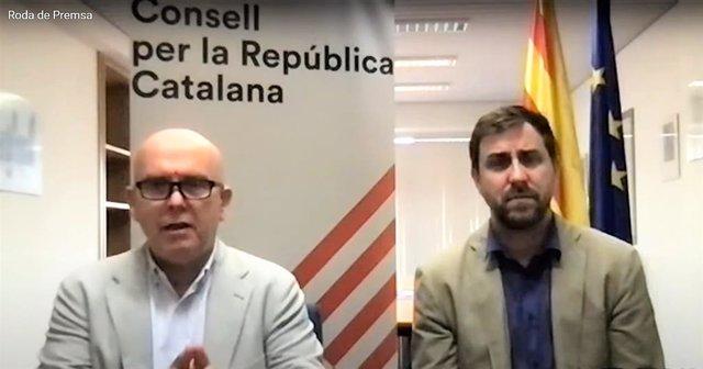 Gonzalo Boye (advocat de Carles Puigdemont) i l'exconseller Toni Comín en roda de premsa telemàtica