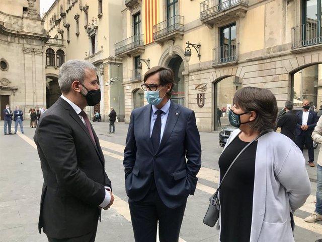 El primer tinent d'alcalde de l'Ajuntament de Barcelona, Jaume Collboni; el líder del PSC en el Parlament, Salvador Illa; i la portaveu del PSC a l'Ajuntament, Rosa Alarcón
