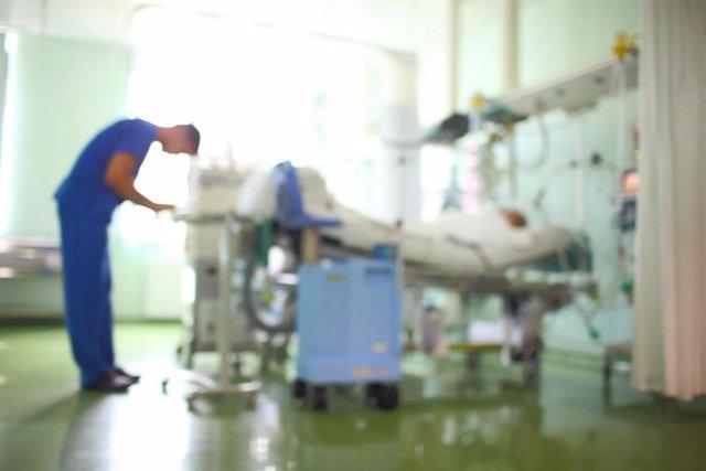 Archivo - Unidad de Cuidados Intensivos (UCI) en pacientes con Covid-19