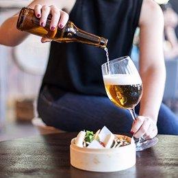 Archivo - Consumo de cerveza