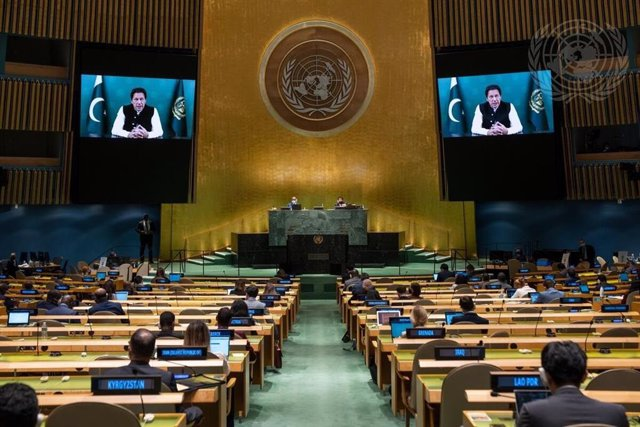 El primer ministro de Pakistán, Imran Jan, habla ante la Asamblea General de la ONU