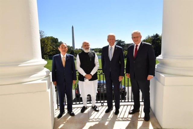 El primer ministro de Japón, Yoshidide Suda, el primer ministro de India, Narendra Modi, el presidente de EEUU, Joe Biden, y el primer ministro de Australia, Scott Morrison.