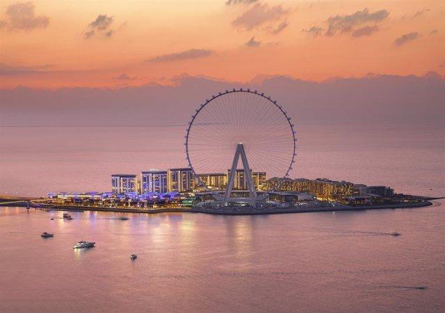 La noria más alta del mundo entra en funcionamiento en Dubai