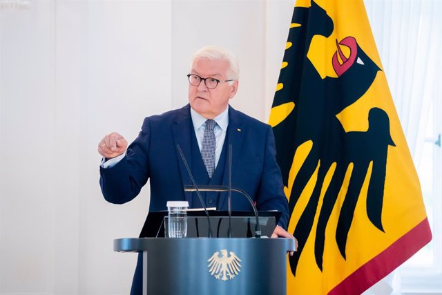 10 September 2021, Berlin: German President Frank-Walter Steinmeier speaks at a discussion event with citizens with Turkish roots at Bellevue Palace to mark the 60th anniversary of the German-Turkish recruitment agreement. Photo: Christoph Soeder/dpa