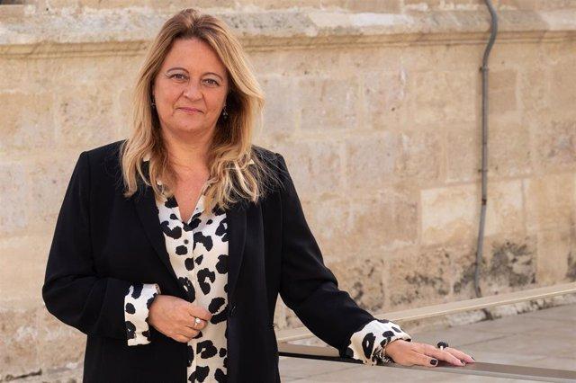 Archivo - La portavoz del PP en la Comisión de Asuntos Europeos del Parlamento de Andalucía, Ángela Hidalgo.