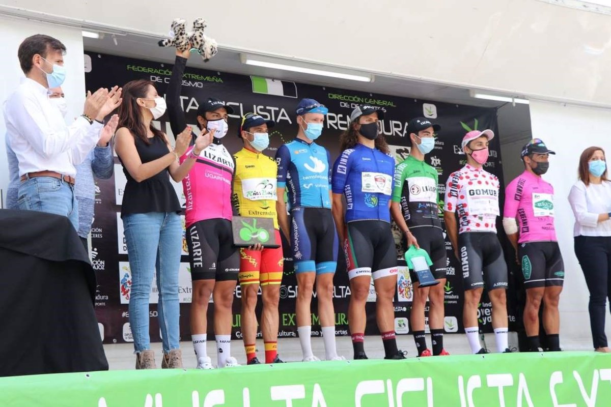Benjamín Prades gana la Vuelta a Extremadura tras imponerse en la tercera y última etapa