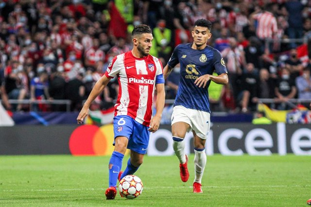 Koke Resurreccion of Atletico de Madrid controls the ball during the UEFA Champions League first round group B football match between Atletico de Madrid and Porto FC at Wanda Metropolitano stadium, in Madrid, on September 15, 2021.