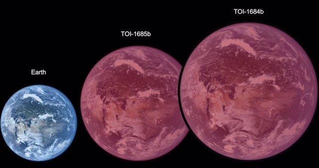 El radio de TOI-1634 es 1,5 veces más grande que el radio de la Tierra y TOI-1685 es 1,8 veces más grande. Los planetas aparecerían rojos, debido a la luz de las estrellas enanas rojas que orbitan.