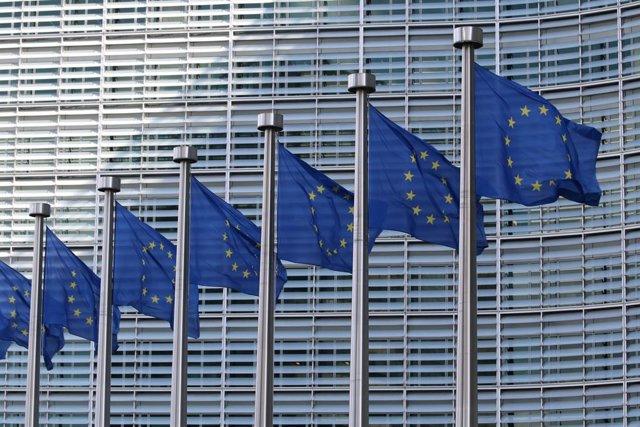 Archivo - Banderas de la UE