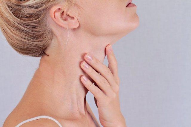 Archivo - Tiroides, nódulos